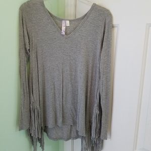 Women's size small Alya long sleeved fringe top